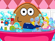 game Pou Girl Bathing