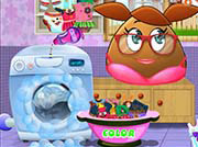 game POU GIRL WASHING CLOTHES