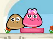 game Pou Lovely Kiss
